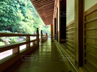日本の縁側の写真・画像素材[1154210]