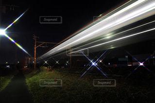 光跡の写真・画像素材[1055661]