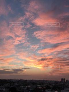 慶良間諸島に沈む夕日の写真・画像素材[1053705]
