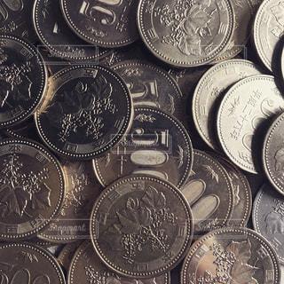 500円玉の写真・画像素材[1054636]