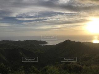 グアムの夕日の写真・画像素材[1055491]