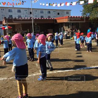 幼稚園の運動会の写真・画像素材[1055637]