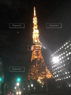 東京タワーの夜のライトアップ - No.1058038