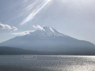 山中湖から望む富士山の写真・画像素材[1158079]