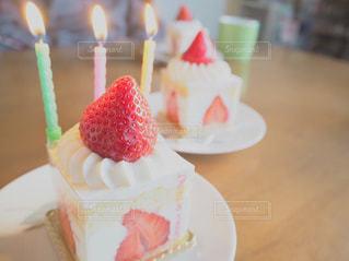 誕生日ケーキの写真・画像素材[1069414]