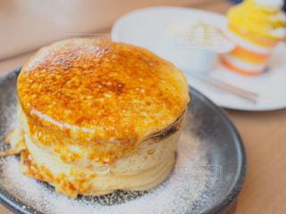 ふわふわぷるぷるパンケーキの写真・画像素材[1092073]