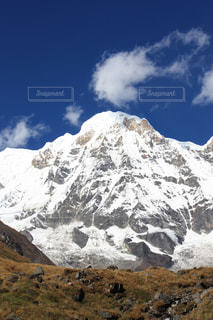 雪の覆われた山々 の景色の写真・画像素材[1058650]