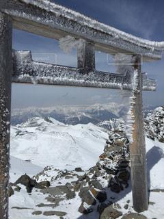 雪に覆われた建物の写真・画像素材[1066851]