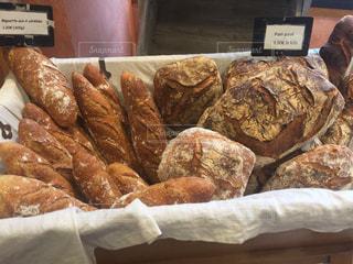 フランスのパン屋にての写真・画像素材[1060468]