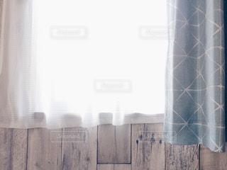 部屋の窓 - No.1063293
