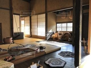 旧樋口家住宅の囲炉裏端の写真・画像素材[1629431]