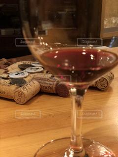 ワインのグラスとの写真・画像素材[1074004]