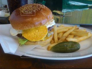 ハンバーガーの写真・画像素材[1061722]