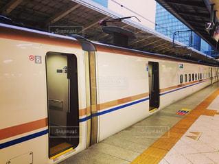 東京駅の新幹線の写真・画像素材[2253832]