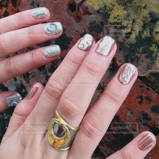 好きなだけ派手にする爪の写真・画像素材[1061602]