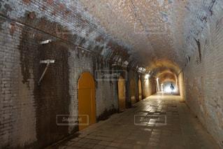 トンネルの写真・画像素材[1102540]