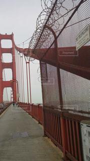 近くの橋の上の写真・画像素材[1073779]