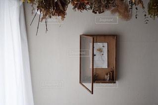 ドライフラワーとポスター - No.1062252