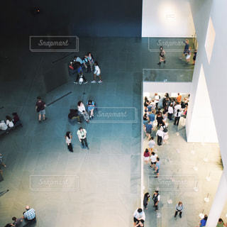 美術館の眼下にの写真・画像素材[1062390]