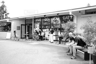 土曜日のカフェ - No.1062708