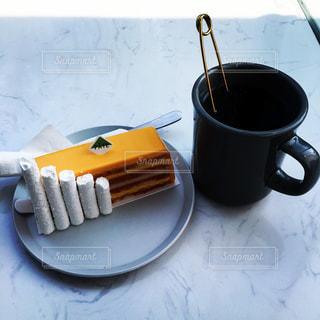 お茶とケーキの写真・画像素材[1084292]