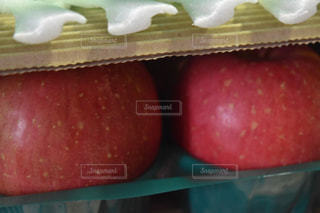 赤いリンゴの写真・画像素材[1065972]
