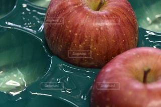 りんごの写真・画像素材[1065996]
