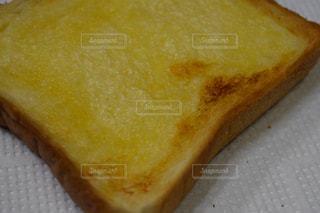 近くにパンの部分のアップ - No.1071709