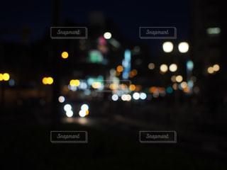 近くのぼかしのアップの写真・画像素材[1066022]