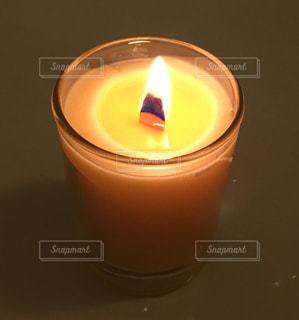 ロウソクの炎の写真・画像素材[1065905]