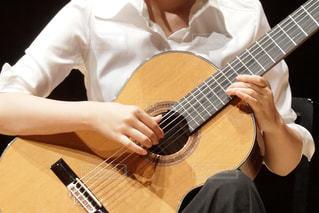 クラシックギターのしらべの写真・画像素材[1281146]