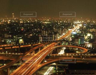 夜の街の景色の写真・画像素材[1069666]
