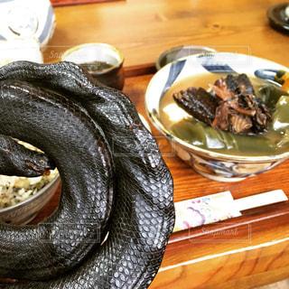 ウミヘビ(イラブー)料理の写真・画像素材[1068148]