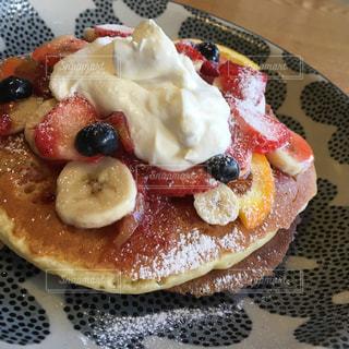 贅沢な朝食の写真・画像素材[1072362]
