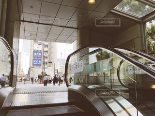 溜池山王駅(山王パークタワー)から官邸前にあがるエスカレーター - No.1092356
