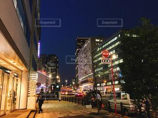 赤坂見附へ向かう道の夜景 - No.1092368