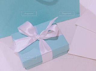 ジュエリーのプレゼントの写真・画像素材[1104356]