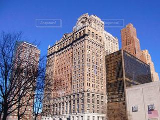 ニューヨークの背の高い建物の写真・画像素材[1128385]