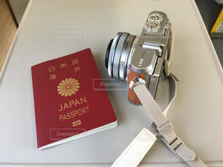 パスポートとカメラの写真・画像素材[1454301]