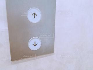 エレベーターのボタンの写真・画像素材[1492656]