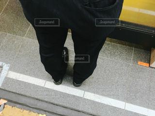通勤電車を待つの写真・画像素材[1536043]