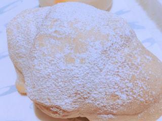 ヴィドフランスの塩パン・オ・ザマンドの写真・画像素材[1670485]