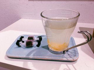 ヘアサロンで出されたゆず蜂蜜茶の写真・画像素材[1674781]