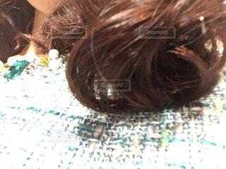 ヘアサロン帰りの髪の毛の写真・画像素材[1687839]