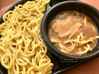 濃厚魚介豚骨スープつけ麺の写真・画像素材[1796137]