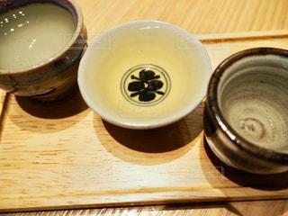 星野リゾート界出雲の日本酒バーで島根の地酒を飲み比べの写真・画像素材[1804795]