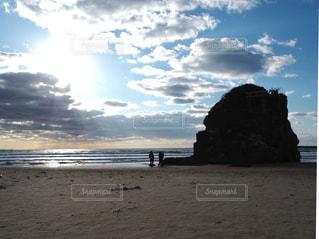 神在月に八百万の神々をお迎えする、稲佐の浜の写真・画像素材[1807104]