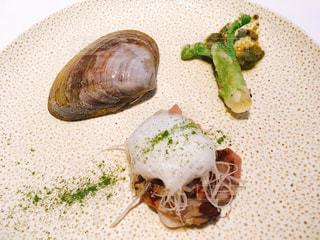 ロムデュタンのランチコースー蛤コンフィの写真・画像素材[1810794]