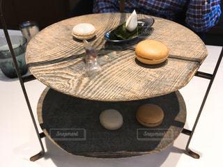 ロムデュタンのお茶菓子ー木製ケーキスタンドの写真・画像素材[1810804]