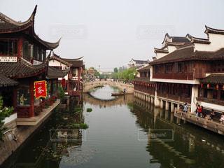 中国上海のプチ水郷「七宝老街」の写真・画像素材[1819606]